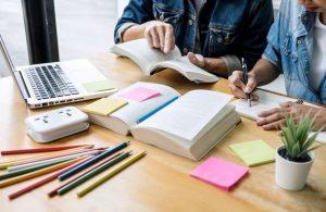 preparação dezenas de currículos entrevista de emprego