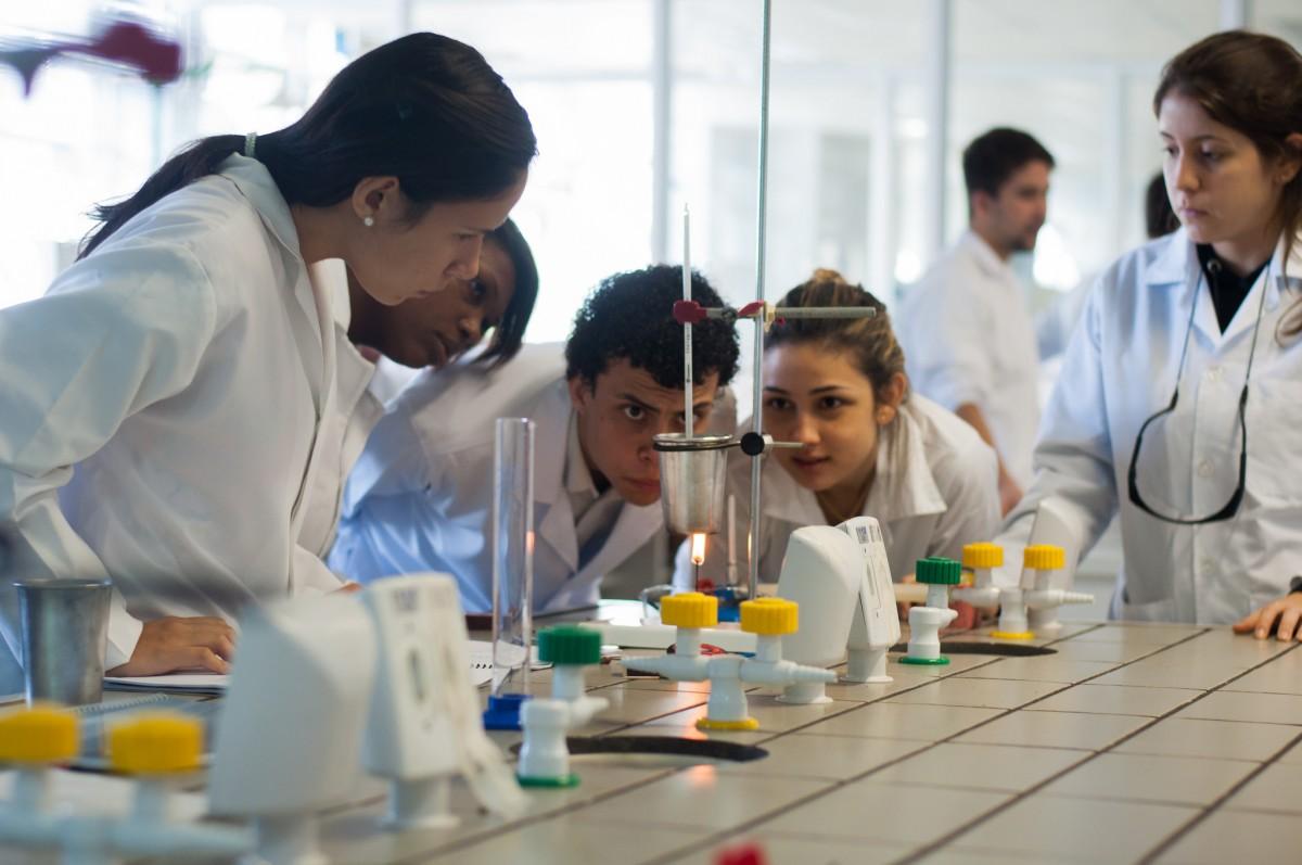 iniciacao cientifica, ic estagio para mestrado, bolsa para pesquisa, estudante na pesquisa, estagio para biomedina, estagio em pesquisas saude, pibic cnpq aula pratica